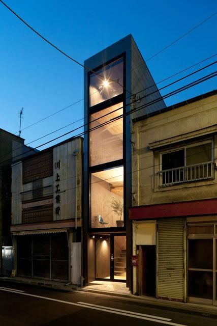 הבית בטוקיו שרוחבו הוא רק 2.5 מטר
